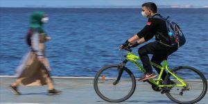 Sosyal mesafe için toplu taşıma yerine bisiklet kullanılması önerisi