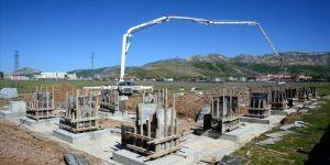 Bitlis'te 17 tarımsal sanayi tesisinin temeli atıldı