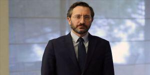İletişim Başkanı Altun Güney Kıbrıs'ta camiye Bizans bayrağı asılmasını kınadı