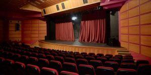 'Tiyatro kenti' Eskişehir'de Kovid-19 sürecinde kapanan perdeler açılmayı bekliyor