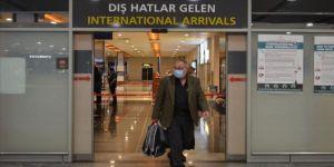 İstanbul havalimanlarına yurt dışından gelen ilk yolcu uçakları indi