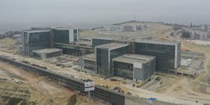 Kocaeli'nin Bitirilemeyen Şehir Hastanesi Sağlık Bakanı'na Soruldu