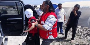 Savaş mağduru küçük Halid tedavi için Türkiye'de