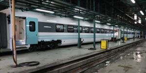 Ulaştırma ve Altyapı Bakanı Karaismailoğlu: Milli elektrikli tren 30 Ağustos'ta yay ve yol testlerine başlayacak
