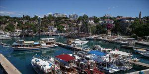 Antalya'nın tarihi semti Kaleiçi'ne maskesiz girişler yasaklandı