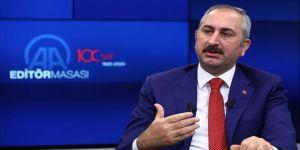 Adalet Bakanı Gül: Hukuk davaları ayrıntılı safhaların sadeleştirilmesiyle 7-8 ay daha erken bitecek