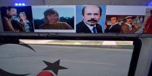 Yeşilçam sanatçılarının fotoğraflarıyla donatılmış minibüs ilgi görüyor