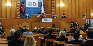 İYİ Parti Genel Başkanı Akşener'den vatandaşlara 'Kovid-19 tehlikesi henüz geçmedi' uyarısı