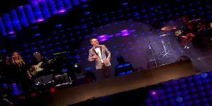 'İstanbul Yeditepe Konserleri'nde Serdar Ortaç ve Sinan Akçıl izleyiciyle buluştu