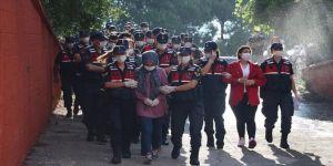 Balıkesir merkezli FETÖ operasyonunda yakalanan 25 şüpheli adliyede