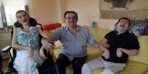 Fedakar baba uğrunda hayatını değiştirdiği engelli çocukları için 31 yıldır emek veriyor
