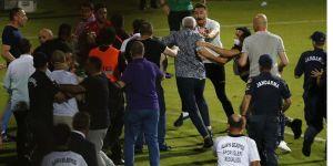 Alanyaspor-Trabzonspor maçı sonunda yöneticiler ve kulüp çalışanları arasında arbede çıktı