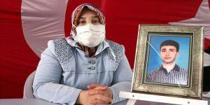 Diyarbakır annelerinden Elhaman: Ellerini evlatlarımızdan çeksinler