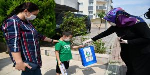 Çocukların karneleri evlerine teslim edildi
