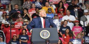 ABD Başkanı Trump, anketlerde Demokrat rakibi Biden'ın 14 puan gerisinde kaldı