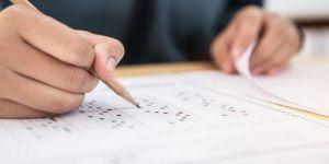 Kocaeli'de YKS'ye Katılacak Öğrencilere Sınav Başlamadan Okullarda Olun Uyarısı