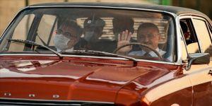 Cumhurbaşkanı Yardımcısı Fuat Oktay klasik otomobil kullandı