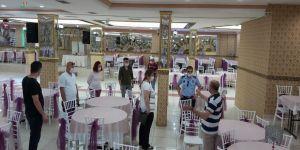 Gebze Zabıtası düğün salonlarını denetleniyor