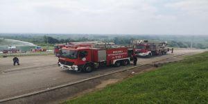 Büyükşehir,havai fişek fabrikasında gerçekleşen patlama sonrası hızla bölgeye gitti