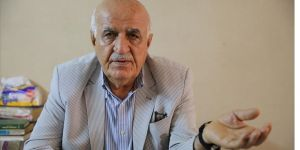 Iraklı uzman: İran'ın ekonomideki egemenliğini kırmak için yabancı yatırımların önü açılmalı
