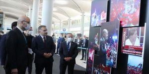 İstanbul Havalimanı'nda '15 Temmuz Zafer Fotoğrafları' sergisi açıldı