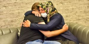 Diyarbakır annelerinden biri daha evladına kavuştu