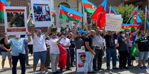 ABD'deki Azerbaycanlılar Ermenistan'ın Washington Büyükelçiliği önünde protesto eylemi düzenledi