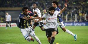 Beşiktaş evinde iyi, Fenerbahçe deplasmanda kayıp