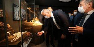İstanbul Havalimanı Müzesi 'Türkiye'nin Hazineleri-Tahtın Yüzleri' sergisiyle açıldı