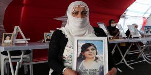 Diyarbakır annelerinden Sancar: Gel devlet güçlerine teslim ol, hayatına kaldığın yerden devam et kızım