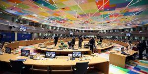 AB Zirvesi'ne ülkeler arasındaki anlaşmazlık damgasını vurdu