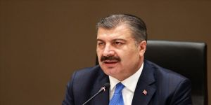 Sağlık Bakanı Fahrettin Koca, taraftarları maç sonunda salgın tedbirlerine uymaya davet etti.