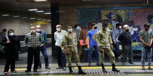 İran'da son 24 saatte Kovid-19'dan 219 kişi hayatını kaybetti