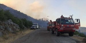 Antalya'da ormanlık alandaki yangın kontrol altına alındı