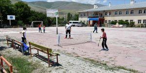 Köy çocukları 'gezici spor timi' ile artık çok sportif