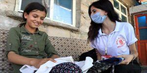 Depremzede çocuklara 'bayramlık' için seferber oldular