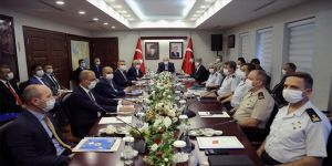 İçişleri Bakanı Soylu başkanlığında Adana'da düzenlenen güvenlik toplantısı başladı
