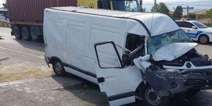 Kocaeli'de Trafik Kazası 5 Yaralı