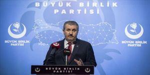 BBP Genel Başkanı Destici: Diyanet İşleri Başkanımız Allah'ın ayetlerini söylemektedir
