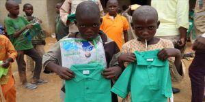 Nijeryalı çocukların bayramlıkları Türkiye'den