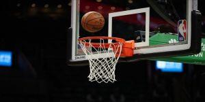 NBA'de Houston Rockets'ı galibiyete yıldız oyuncuları taşıdı