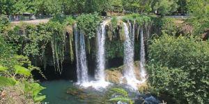 Düden ve Çağlayan Şelalesi ile Santa Harabeleri 'doğal sit-nitelikli doğal koruma alanı' olarak tescillendi