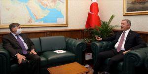 Bakan Akar ABD'nin Ankara Büyükelçisi Satterfield'i kabul etti