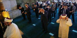 Cumhurbaşkanı Erdoğan cuma namazını Ayasofya-i Kebir Cami-i Şerifi'nde kıldı