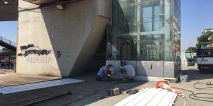 Adnan Menderes üst geçidindeki yürüyen merdiven kapatılacak