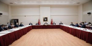 Vali Yavuz, Covid-19 İlçe Değerlendirme Toplantısı Gerçekleştirdi