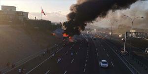 Gebze'de seyir halindeki yolcu otobüsü yandı
