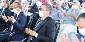 Bakan Selçuk, Kocaeli'de deprem şehitlerini anma törenine katıldı