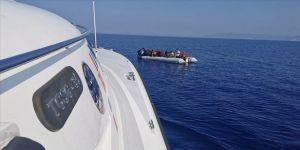 Aydın'da Türk kara sularına geri itilen 42 sığınmacı kurtarıldı
