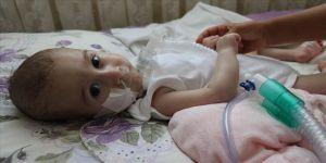 SMA hastası Umut Kayra'nın ailesinin ilaç mutluluğu